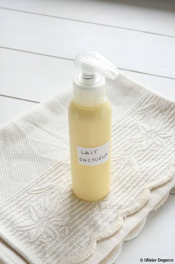 Il est essentiel d'étiqueter son produit après-soleil, en indiquant les ingrédients et la date de fabrication !